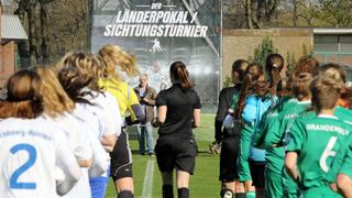 Das Turnier der U 16-Juniorinnen in Duisburg