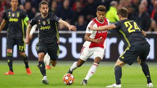 Ajax Amsterdam – die Kombinierer bespielen heute die 'Spurs'