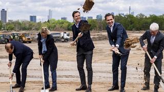 DFB-Neubau: Der Spatenstich in Frankfurt
