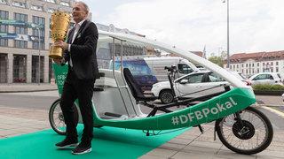Cup Handover in Berlin