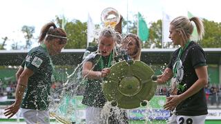 Wolfsburg erhält die Meisterschale