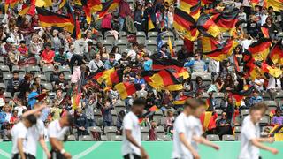 Rund 21.000 Zuschauer: U 16 gewinnt gegen Frankreich