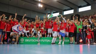 Der TSV Weilimdorf feiert die erste Futsal-Meisterschaft