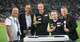 Darts im Fan Club: Max Hopp und Martin Schindler