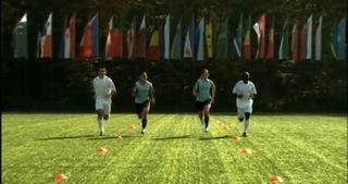FIFA 11+ Teil 3: Laufübungen - 8 Minuten