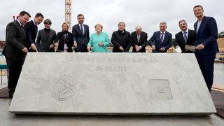 Grundsteinlegung des neuen DFB und seiner Akademie