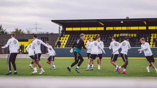 DFB-Team: Ankunft und Training in Dortmund