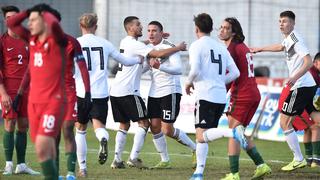 Last-Minute-Sieg gegen Portugal zum Auftakt