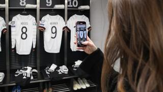 Fan-tastic Moment: Stadiontour vor dem Nordirland-Spiel