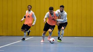 Futsal-Trainingseinheit: Verbesserung des Angriffsspiels mit einem Pivot im 1-3-1-System