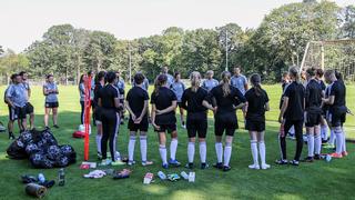 Trainingscamp der Junioren-Nationaltorhüterinnen in Duisburg