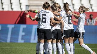 DFB-Frauen erobern Tabellenführung gegen Irland