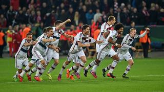 Im Elfmeterschießen: Bayern schlägt Leverkusen