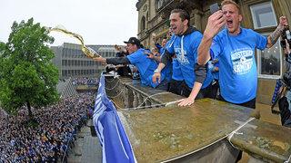 Aufstiegsfeiern in Bielefeld und Duisburg