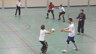 Blindenfußball: Kommunikation und Aufwärmübungen