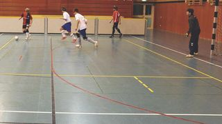 Blindenfußball: Spielzüge