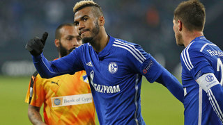 Choupo-Moting schießt Schalke in die Zwischenrunde