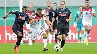 St. Pauli fliegt in Paderborn aus dem Pokal