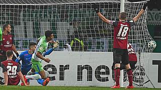 Wolfsburg macht in Nürnberg Überstunden