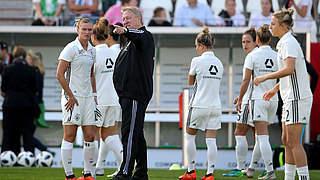 DFB-Frauen: Finale für Hrubesch in Osnabrück und Erfurt