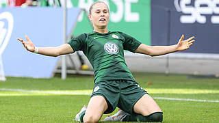 Wolfsburg: Torjägerin Pajor verlängert ihren Vertrag bis 2022