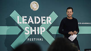 Bierhoff eröffnet Leadership Festival mit 120 Teilnehmern