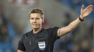 Siebert pfeift Schalke gegen Dortmund