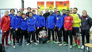 Bayer 04 besucht JVA Wuppertal-Ronsdorf