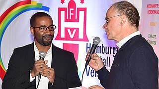 Cacau bei Diskussionsrunde Vereine mit Migrationsgeschichte im HFV