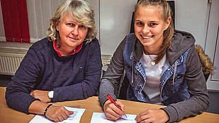 Klara Bühl verlängert beim SC Freiburg