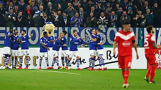 Schalke ohne Mühe in der nächsten Runde