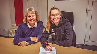 Freiburg verlängert mit Janina Minge
