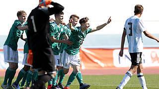 U 16 gewinnt auch gegen Argentinien