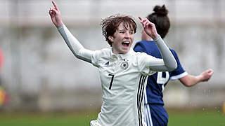 Stöhr leitet Sieg gegen Schottland ein