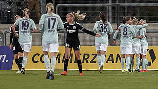 Magull ebnet FC Bayern Weg ins Halbfinale