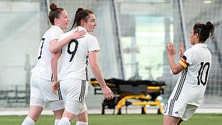 U 17 mit Auftaktsieg gegen Schottland