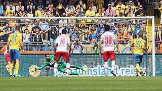 Braunschweig, Großaspach und Jena bleiben in der 3. Liga