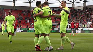 Relegation: Wehen Wiesbaden steigt in die 2. Bundesliga auf