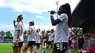 Fußball bei Hitze: Die Empfehlungen der Kommission Sportmedizin