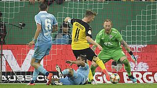 Reus ebnet Dortmund Weg in Runde zwei