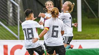 4:0 gegen Spanien: Wamser trifft dreifach