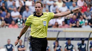 Stegemann pfeift Gladbach gegen Dortmund