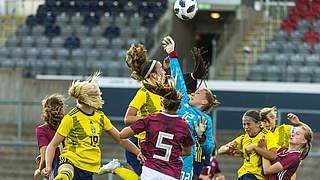 U 17-Juniorinnen besiegen auch Schweden