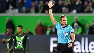 Stieler pfeift Hertha BSC gegen FC Bayern