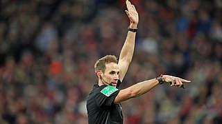 Stegemann pfeift Schalke gegen Leipzig