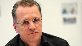 Meyer: Corona-Ansteckung auf Spielfeld sehr unwahrscheinlich