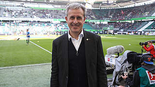 Pierre Littbarski: Weltmeister, WM-Finalexperte, Fanliebling