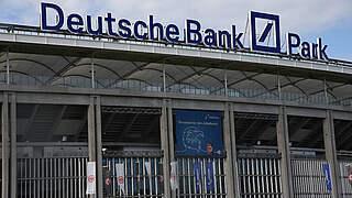 Eintracht Frankfurt eröffnet Saison im Deutsche Bank Park