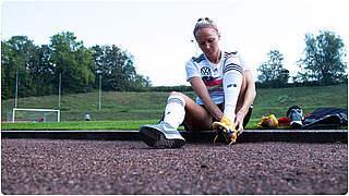 EM-Qualifikation: Turid Knaak erleidet Schulterverletzung