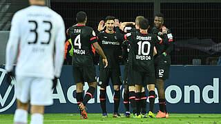 Leverkusen dreht Spiel gegen Frankfurt
